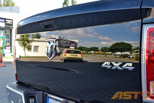 Dodge-Ram-1500-Hemi-Sport-5