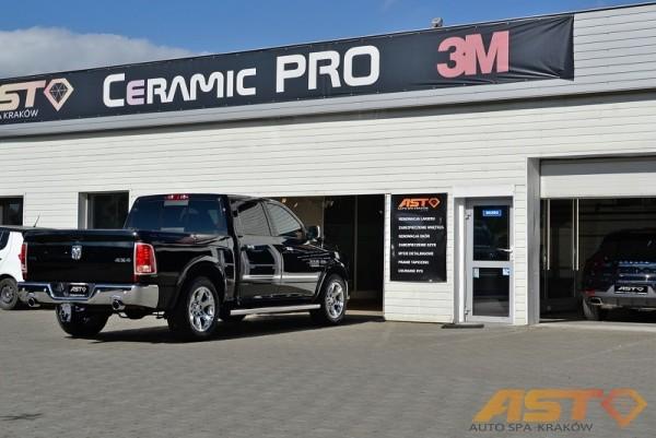 Dodge-Ram-1500-Hemi-Sport-9