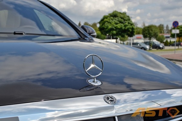 Mercedes-S500-9