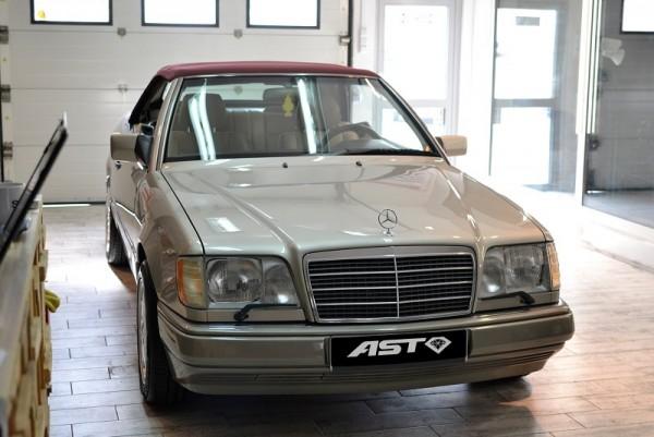 Mercedes-W124-Cabrio-10