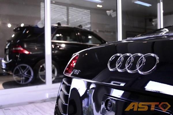 Audi-R8-13