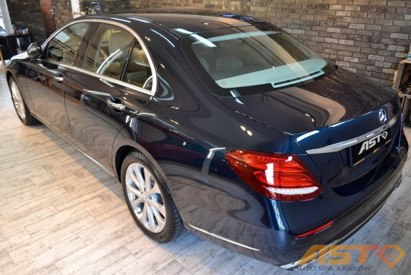 Mercedes-E-Exclusive-Autospa-Krakow-13