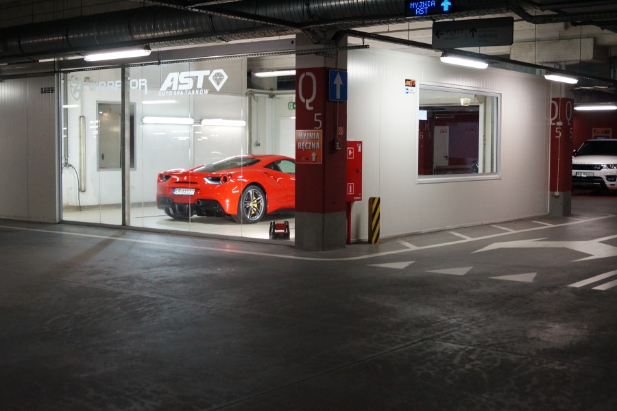 Auto-SPA-Tarnow---Auto-Detailing